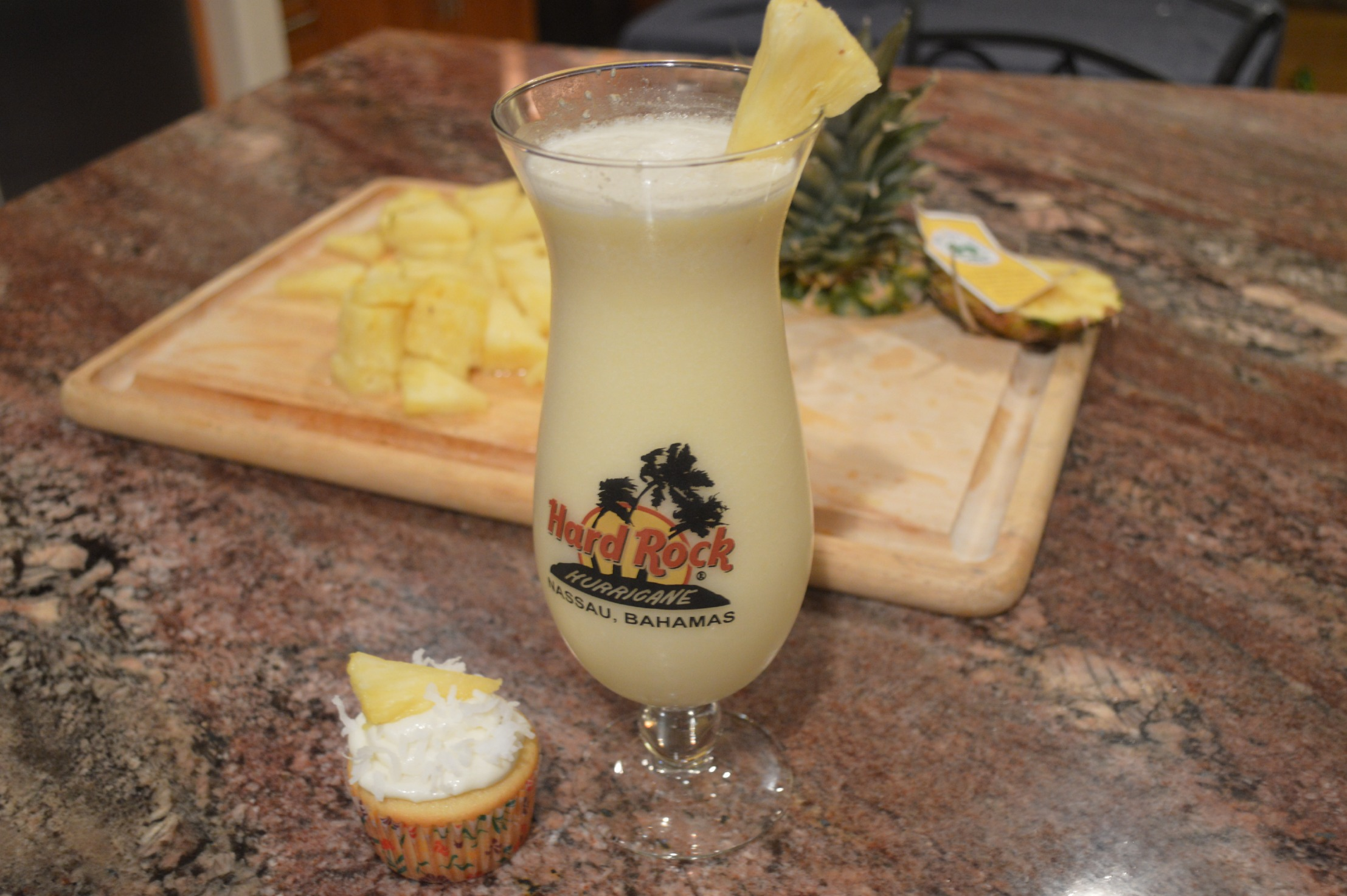 Piña Colada Smoothie and Cupcakes