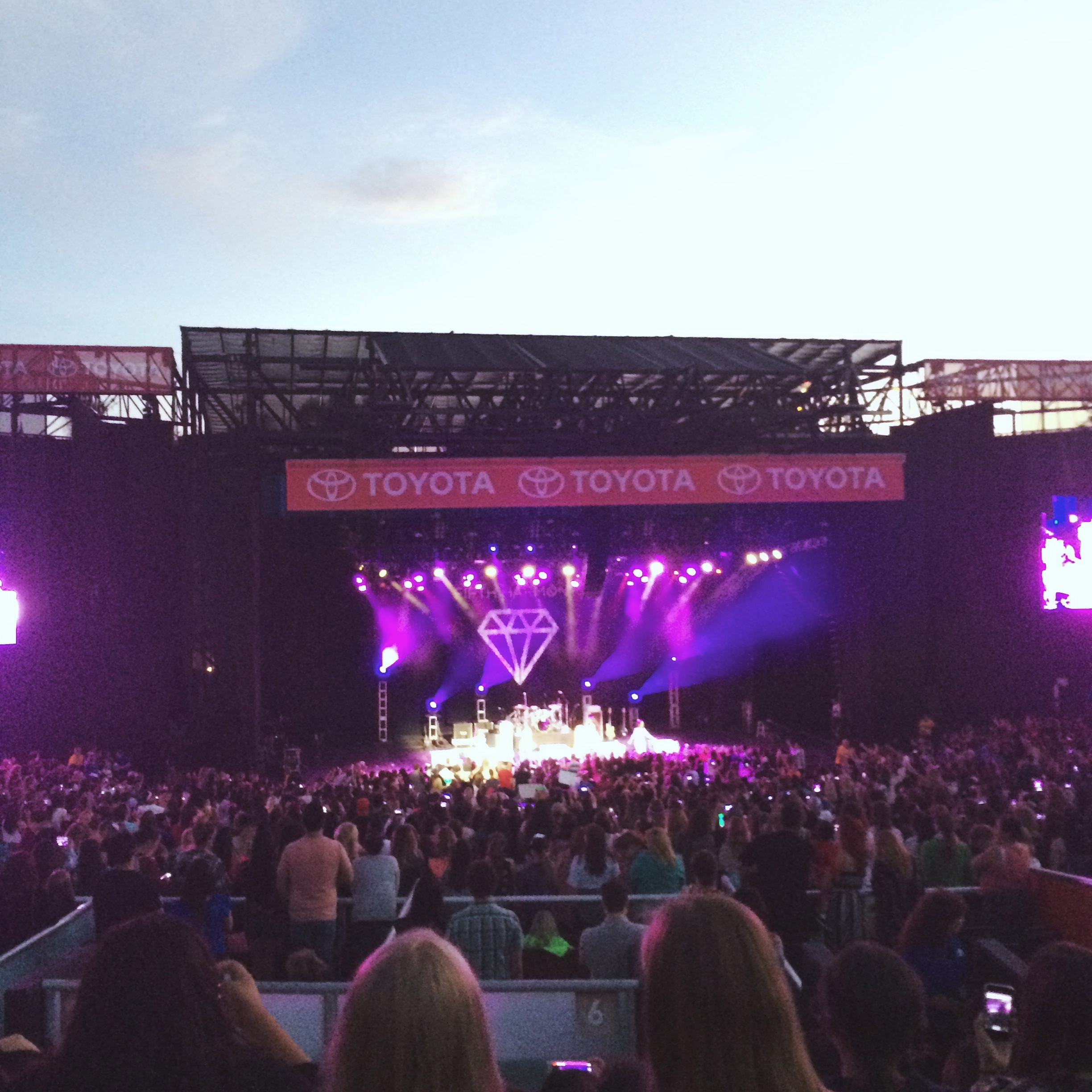 5th Harmony and Karmin OC Fair Stage