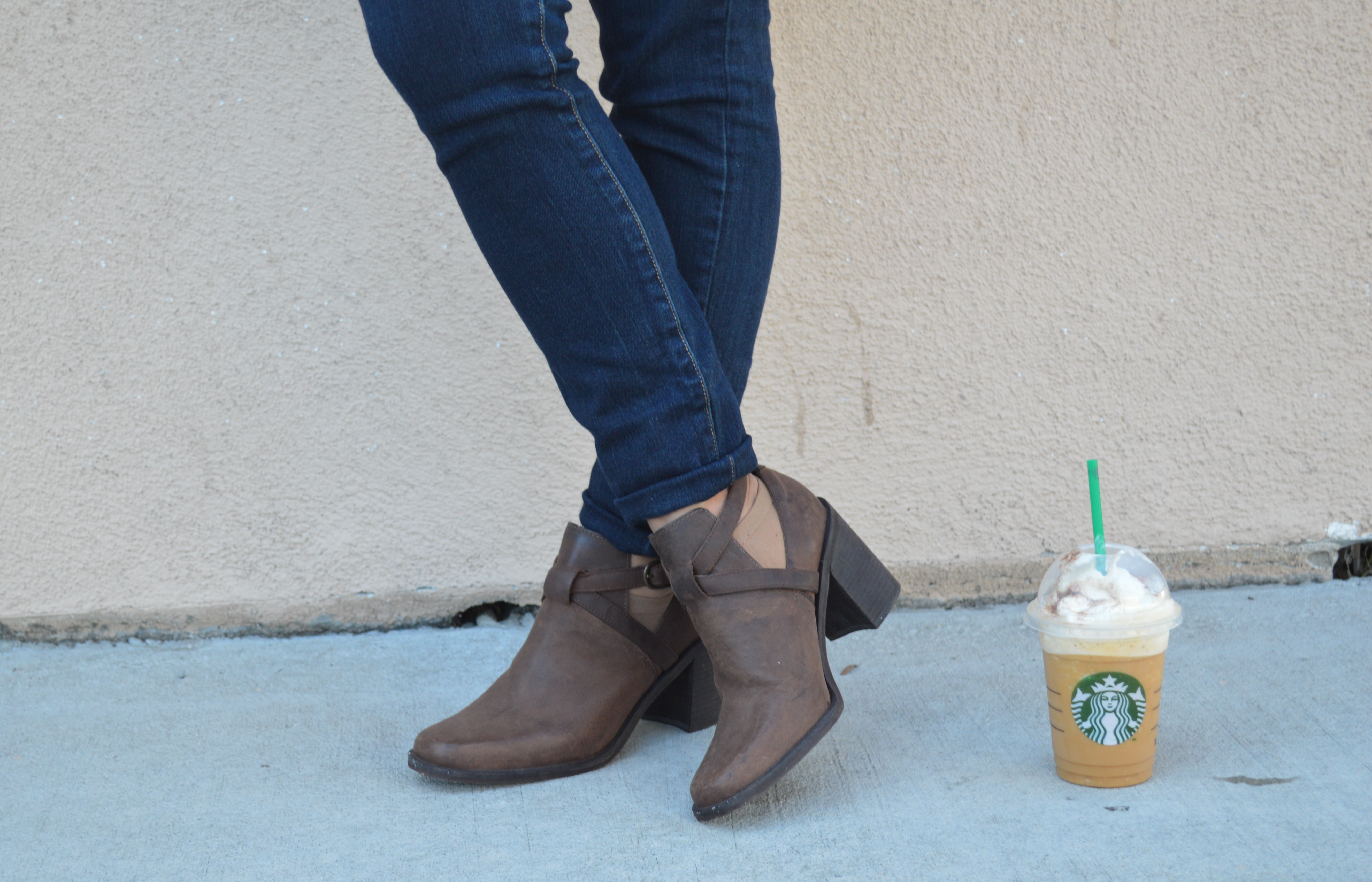 Falling Into Fall with Pumpkin Spice Frappuccinos by WorldWideStylista